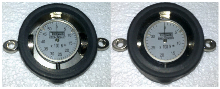 Dynamometer for Y-Cable Tensioning Device with up to 5 kN (left) and 3.5 kN (right)